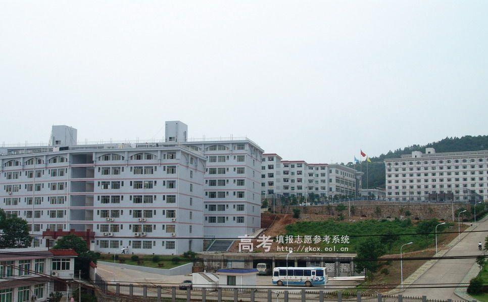 长沙南方职业学院校园一角