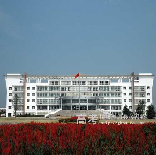 江苏农林职业技术学院校园一角