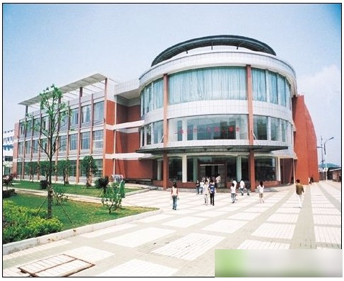 湖南工业大学校园一角