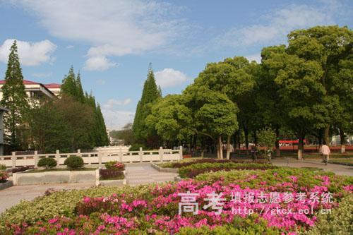 九江职业技术学院美丽的校园