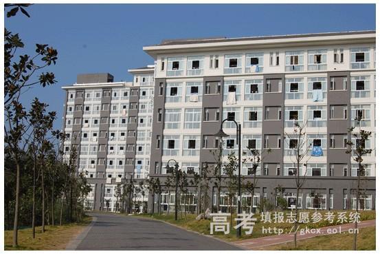 南京工业大学浦江学院的宿舍有什么