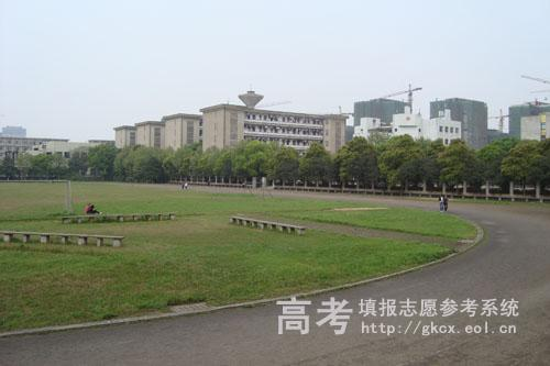 湖南外國語職業學院校園一角