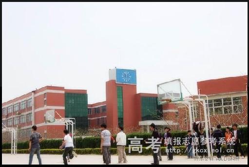 郑州布瑞达理工职业学院校园一角