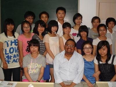 青岛英华外语学校3429